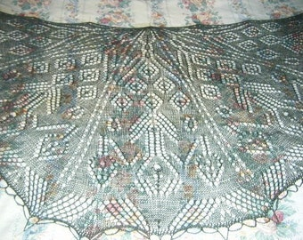 Lace Pavone Shawl knitting pattern pdf
