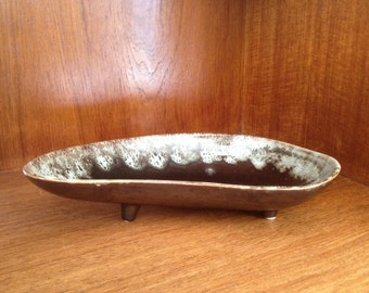Brush USA Kidney Shaped Ceramic Footed Dish #555