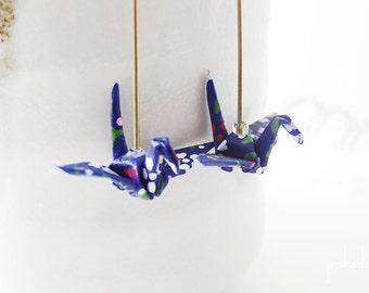 Boucles d'oreilles origami grues bleues et points colorés pliage papier japonais