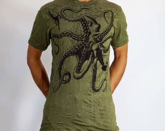 Octopus Men's T-Shirt Lokazu Preshrunk Comfy Cotton Tee Ripped Collar Wrinkle Style Men's Tee Festival Casual Army Green