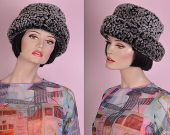 90s Faux Fur Hat/ 1990s/ Plush/ Textured/ Patterned