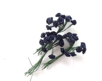 floral - flowers 36 buttons art Navy blue satin roses 3054