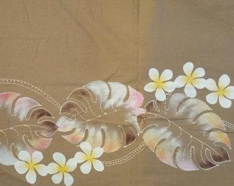 Vintage Hawaiian border print fabric. 2 plus yards