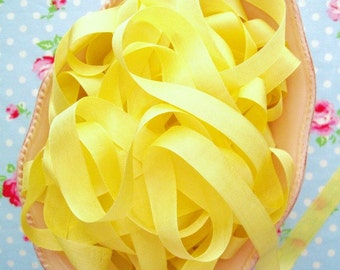 Vintage Style Seam Binding Ribbon - Lemon Meringue Yellow - 1/2 inch - 5 Yards