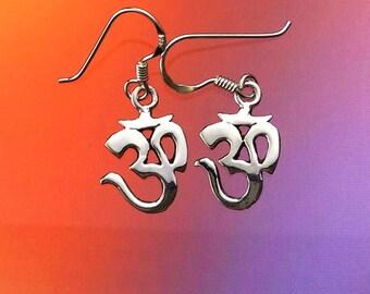 925 Solid Sterling Silver OM Earrings-Aum Earrings-Dangling-YOGA Earrings-Silver Om Hook Earrings-Ohm Earrings