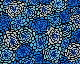 Tissu japonais chrysanthème bleu par la Cour de la moitié japonaise en Kimono moderne impression Floral