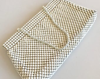 Vintage 60s WHITING and DAVIS Alumesh White Handbag-Beautiful and ready to use