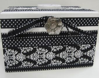 Black and White Damask Recipe Box