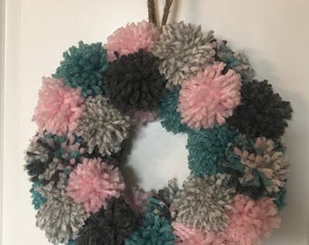 Pretty Pretty Pom Pom Wreath