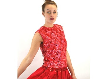 1960s beaded top red wool beaded Christmas sequin top Made in Hong Kong diamond pattern formal wear Size M