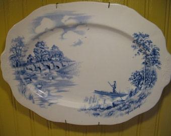 Alfred Meakin Blue Transferware.Plateau English Vintage plate.
