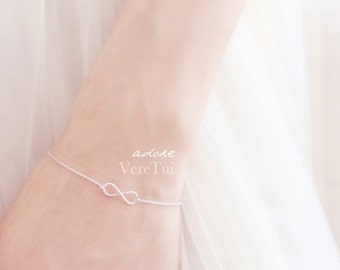 Simple Dainty Silver Infinity Bracelet