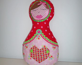 Russian Nesting Doll Valentine gift Matryoshka Doll Stuffed Pillow Madame Pimpinellskova Europe Farbenmix