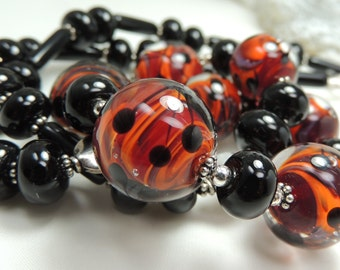 SULTRY Handmade Lampwork Bead Necklace