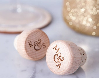 Personalised Wooden Wine Bottle Stopper - Engraved Bottle Stopper - Wedding Favours - Gift for Wine Lover - Wine Accessories - Hostess Gift