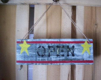 Primitive Open and Closed Sign