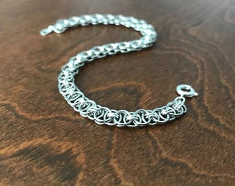 Silver chainmaille bracelet