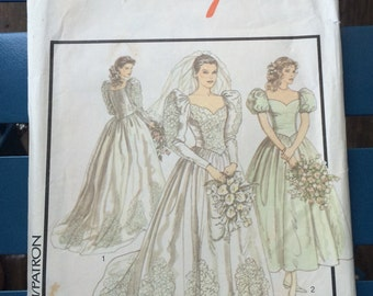 1980's Wedding dress pattern . Style 1497