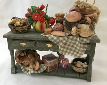 Dolls House Miniatures - Harvest Autumnal Sideboard with accessories