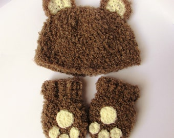 Bear hat and mittens set
