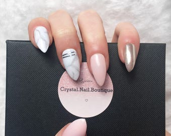 Press on nails • Light pink Marble chrome nails • false nails • fake nails • Coffin nails • Stiletto nails • Acrylic nails • gel nails