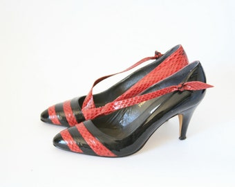 J. Renee - Black and Red Reptile Heels - Size 75 - ADORABLE