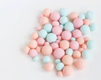 Fondant Rolled Balls, Fondant Circles-Cake and Cupcake Toppers