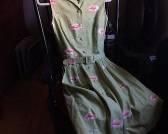 Makola flower dress w/ matching belt sz. S