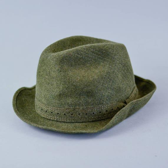 A green vintage fedora hat