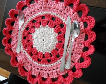 Place mat, trivet, made of cotton in bright colors. These placemats are sold separately