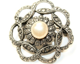 Sparkly Marcasite and Faux Pearl Silver Coloured Flower Vintage Brooch (c1950s)