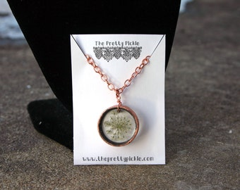 Queen Anne's Lace Flower Necklace, Resin Flower Necklace, Real Pressed Flower Jewelry