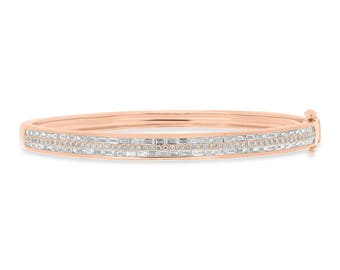 Glittering Unique Real Diamond 14k Rose Gold Bangle, 14K Rose Gold Round Baguette Diamond Bangle With Clasp 1.87 TCW