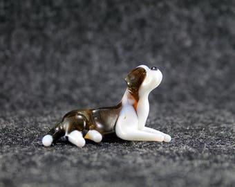 Glass Saint Bernard dog Figurine.Dog Figurine Glass.Figure miniature.glass lampwork.glass dog sculpture.dog figurine.glass animals(e30-2)