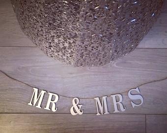 Mr & Mrs wooden hanging sign wedding gift newly weds wedding sign wedding decor