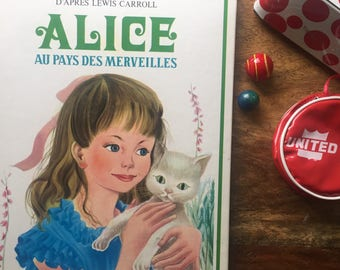 Alice in Wonderland hardcover French edition Lewis Carroll with record 45rpm from France 1971