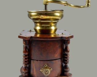 19th Century Antique Italian (Tuscan) Coffee Grinder
