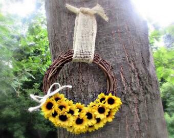Sunflower Door Wreath- Sunflower Burlap Wreath- Sunflower Wreath for Front Door- Sunflower Wreath Burlap- Sunflower Decor- Housewarming Gift
