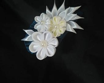 Kanzashi brooch, Fabric brooch, Flower brooch, White and champagne pin, Fabric flower pin