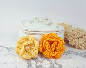2 Yellow Applique Roses, Crochet Roses, Yellow Crochet Flowers, Fabric Roses, Rose Embellishments, Yellow Gift Tags, Craft Flower Supplies