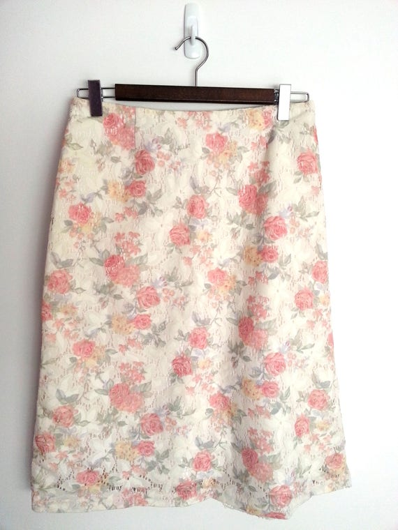 126c90607 90s Beautiful Floral Lace Midi Pencil Skirt size 10