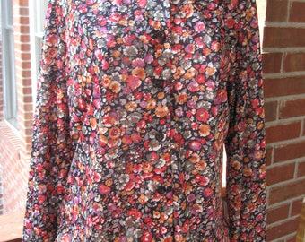 Lands Size 16 Floral Ruffle Collar Shirt