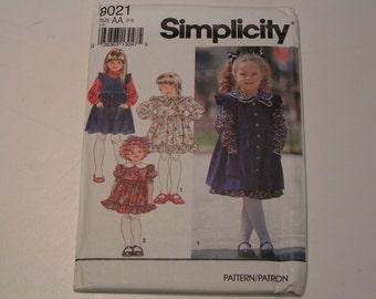 Simplicity Pattern 8021 Child Dress Pinafore