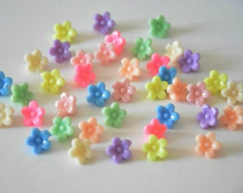 40 acrylic flower beads mix color 10 x 7 mm
