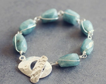 Song of Aegir - AQUAMARINE bracelet organic nuggets and sterling silver