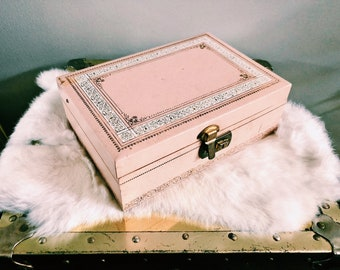 Vintage Pink + White Jewelry Box w/ Velvet Lining + Gold Hinge Lock / Trinket Box / Storage Box