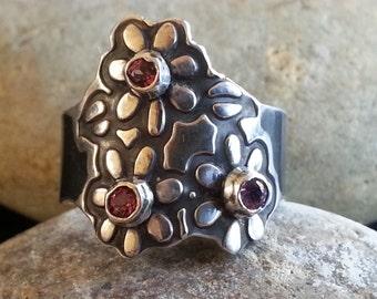Three Flowers Ring