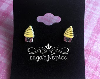Disney Dole Whip Earrings - Dole Whip Stud Earrings - Disneyworld Food Earrings - Pineapple Earrings - Dole Whip Studs