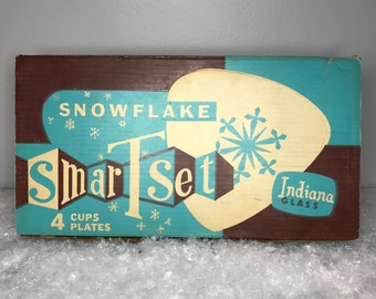 SALE! vintage Snowflake Smart Set by Indiana Glass in original box