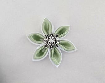 White satin kanzashi flowers / Green Apple made by hand